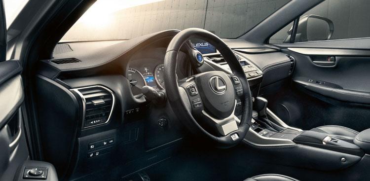 To tosynergeio.gr κάνει test drive στο Lexus NX 300h