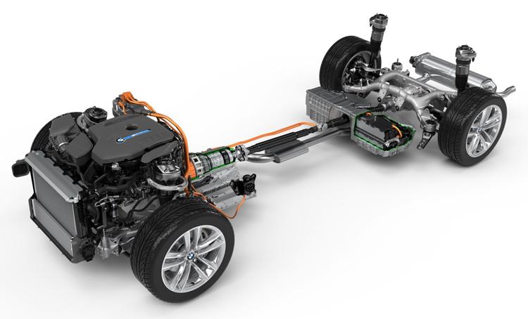 <strong><em>Εικόνα: BMW 740e iPerformance plug-in υβριδικό ηλεκτρικό όχημα (PHEV) και σύστημα μετάδοσης κίνησης</em></strong>